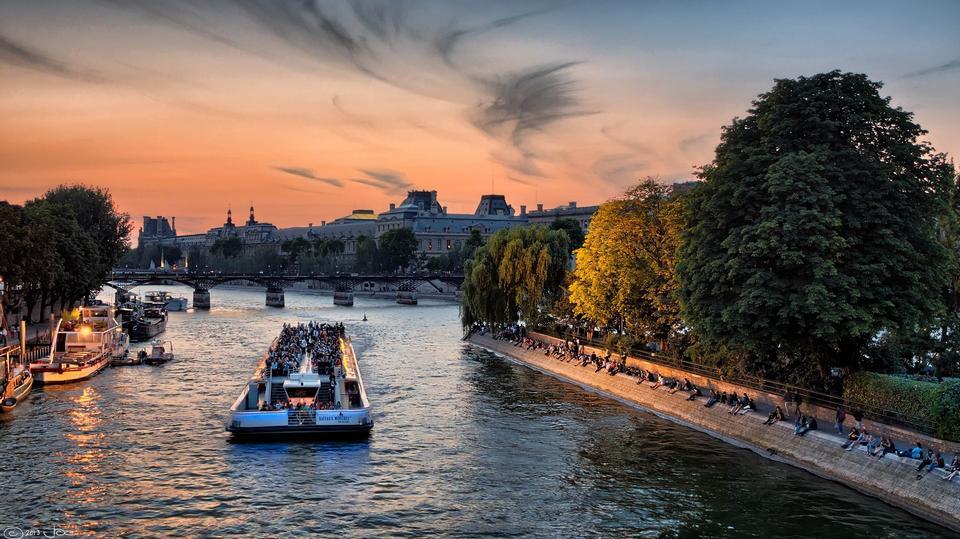 Paris Seine River Boats Sunset Sky Colorful