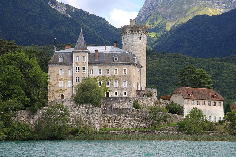 Annecy Lake Annecy Lake House Water's Edge Castle
