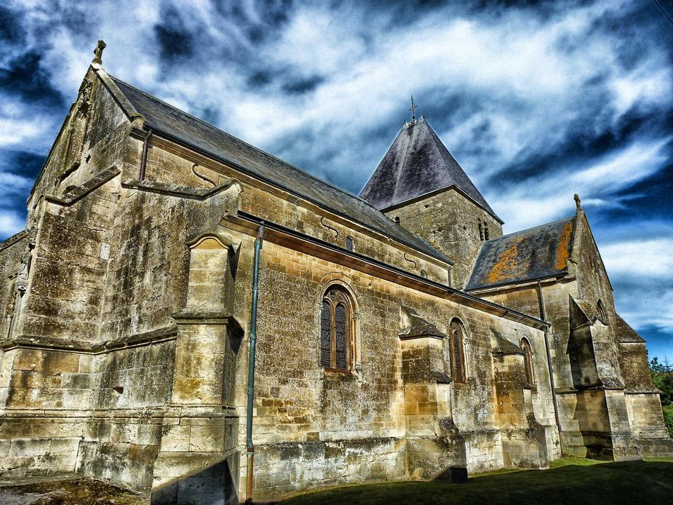 Ardennes France Église Bâtiment Façade Ciel Nuages