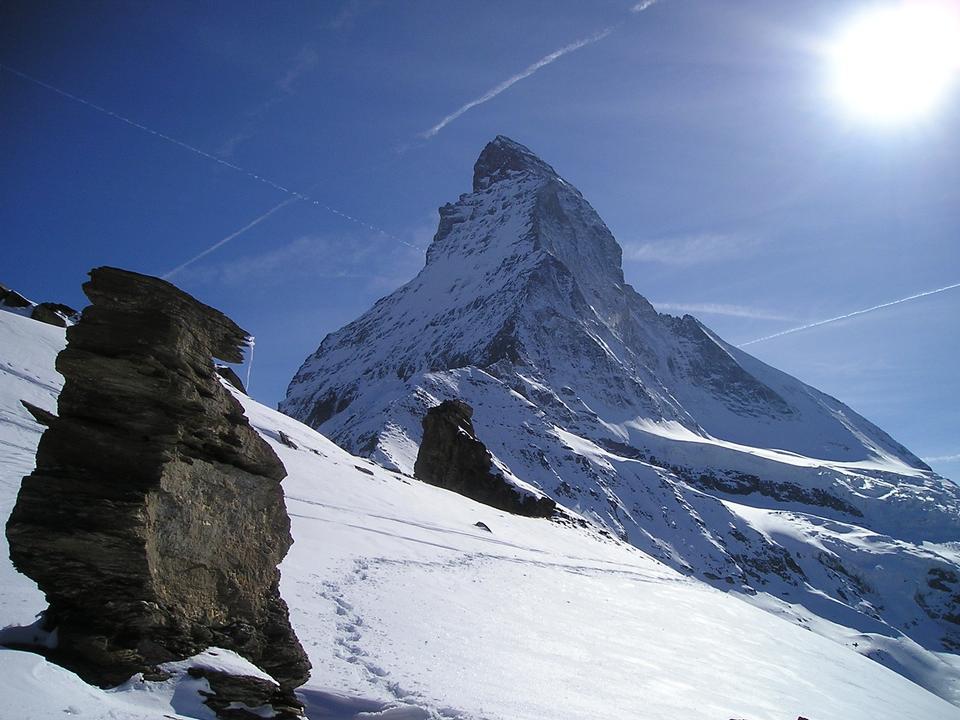 策马特宏峰高山山瑞士