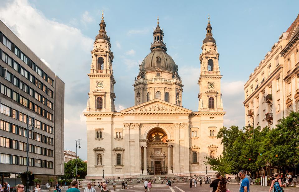 Basilique Saint-Étienne, la plus grande église de Budapest, Hongrie