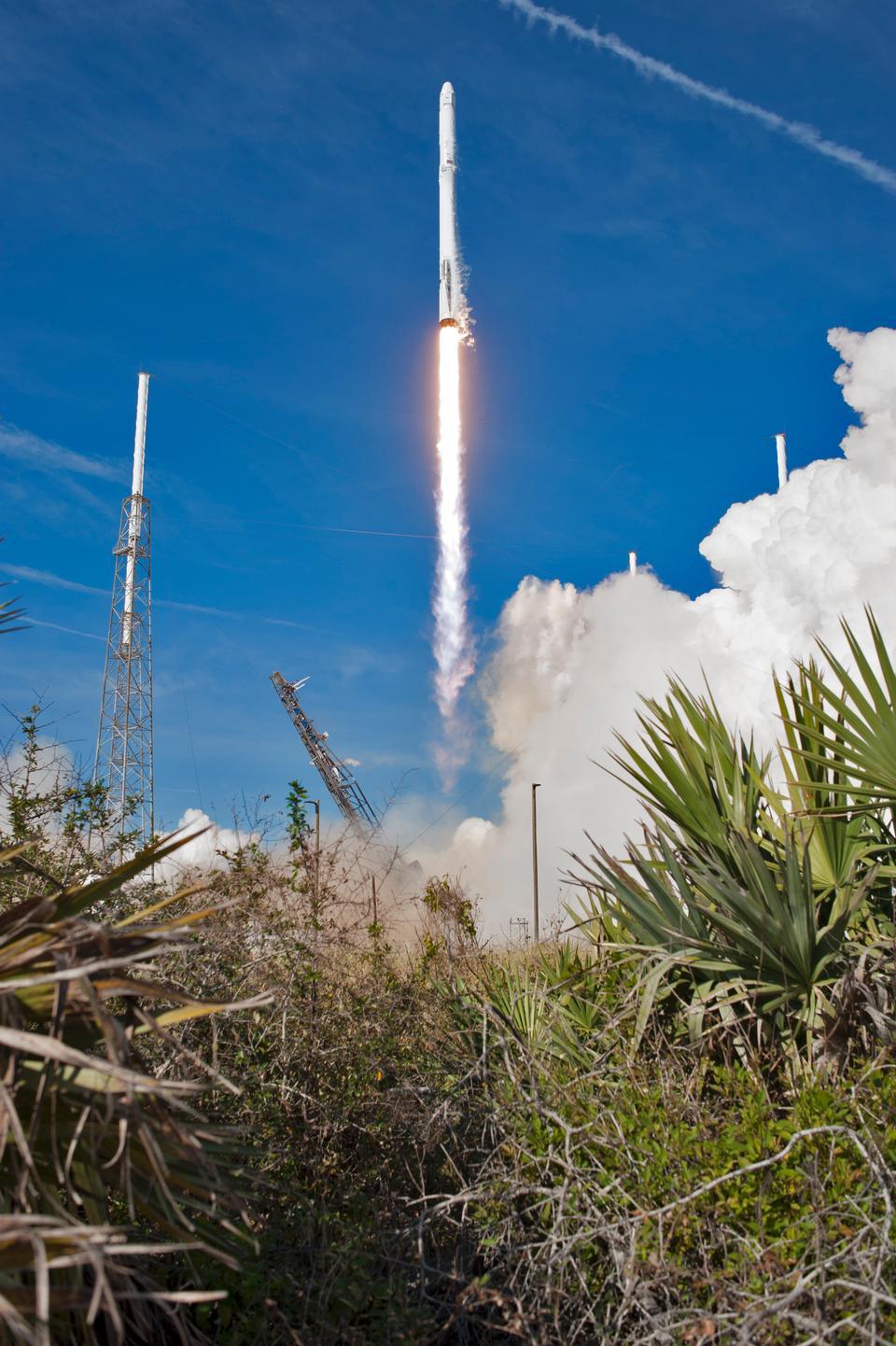 兩階段獵鷹9發射
