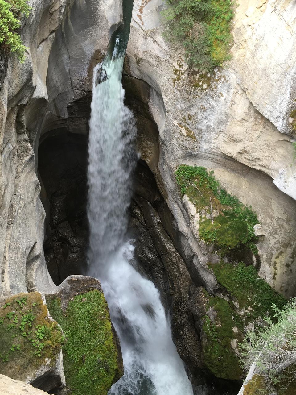 Sunwapta Falls, яшма, канадских Скалистых гор