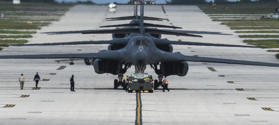Four B-1B Lancers