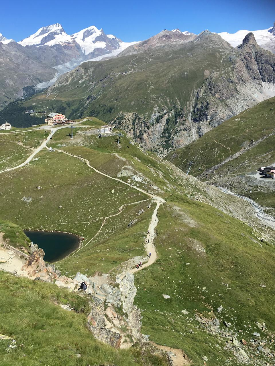 マッターホルンのアルプスの山、スイス