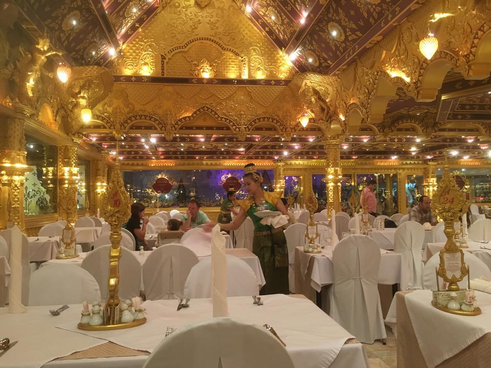 restaurant in Phuket Thailand