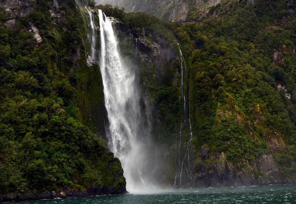Stirling Falls Milford Sound Fiordland New Zealand