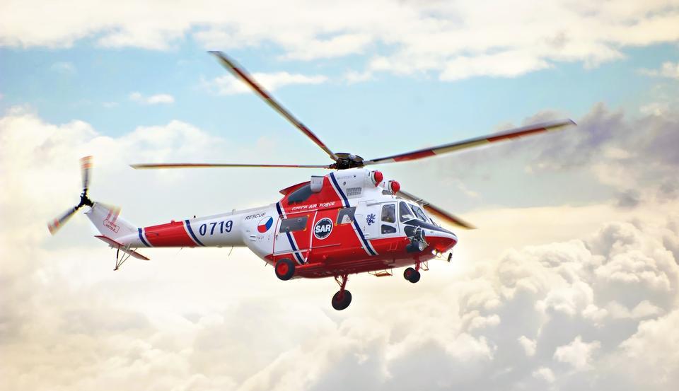 PZL W-3ソコルヘリコプター