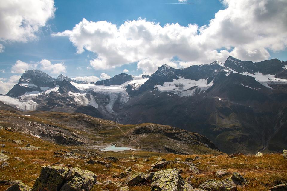 在奥地利阿尔卑斯山高山景观Silvretta地区