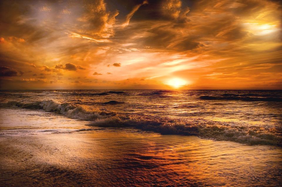 Paysage de paradis île tropicale plage, sunrise shot