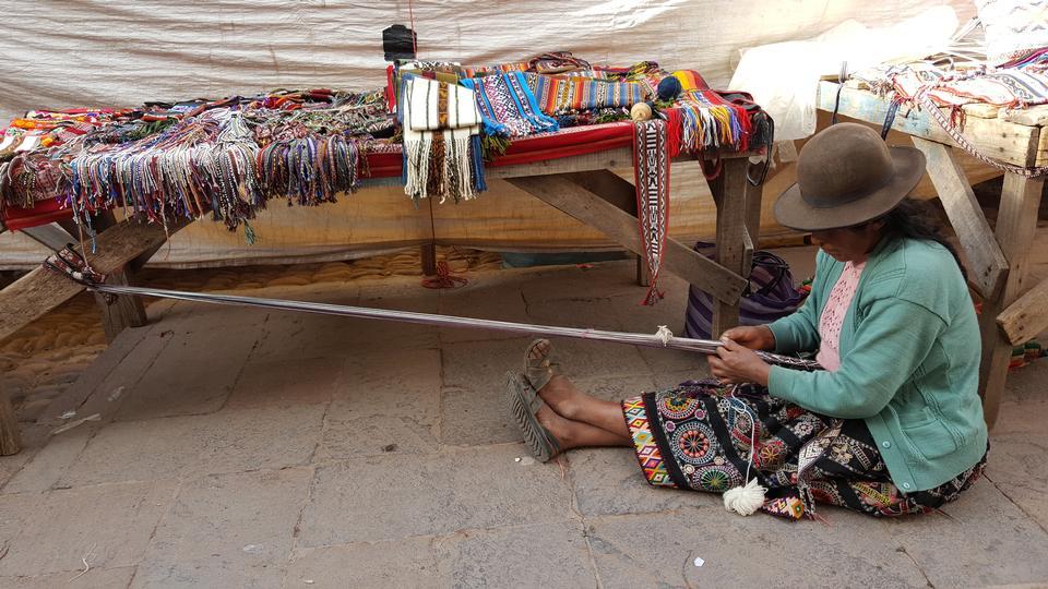 ペルークスコの伝統的な手作り羊毛生産