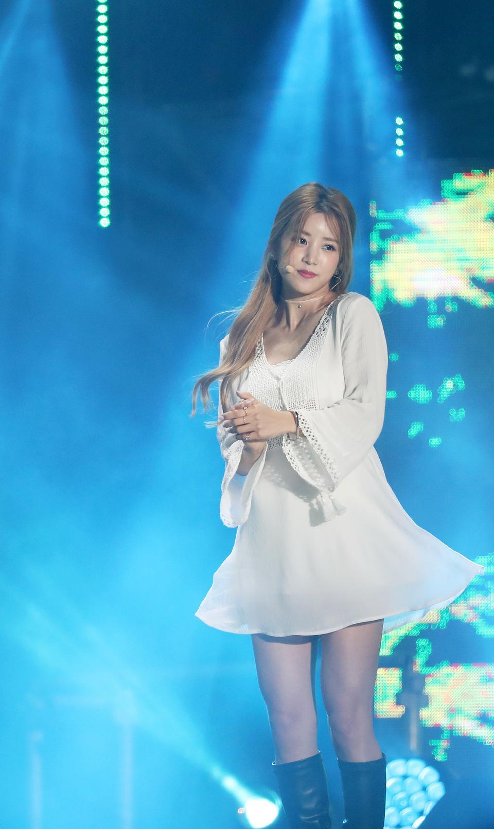 2012 년 K-POP 세계 축제 특별 공연 (핑크)
