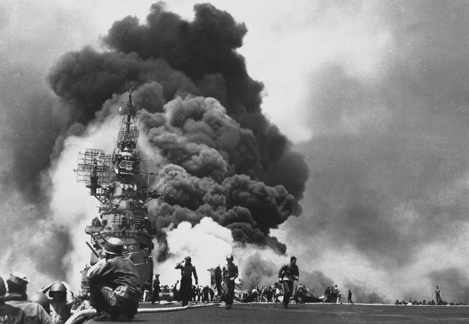 USS Bunker Hill (CV-17) hit by two Kamikazes