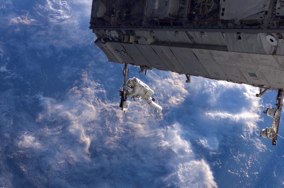 宇宙ステーションの建設