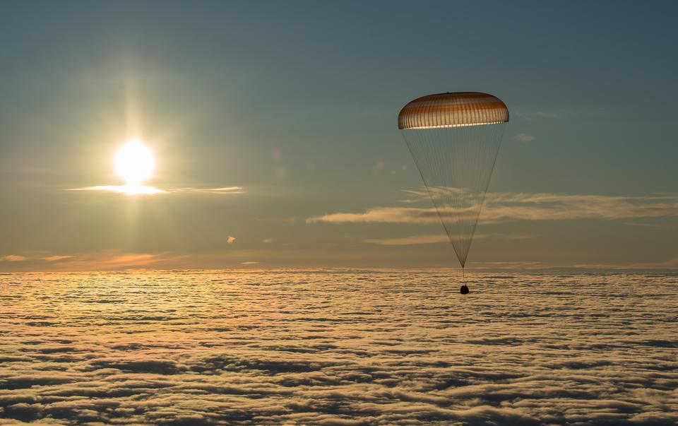 Soyuz Returns to Earth