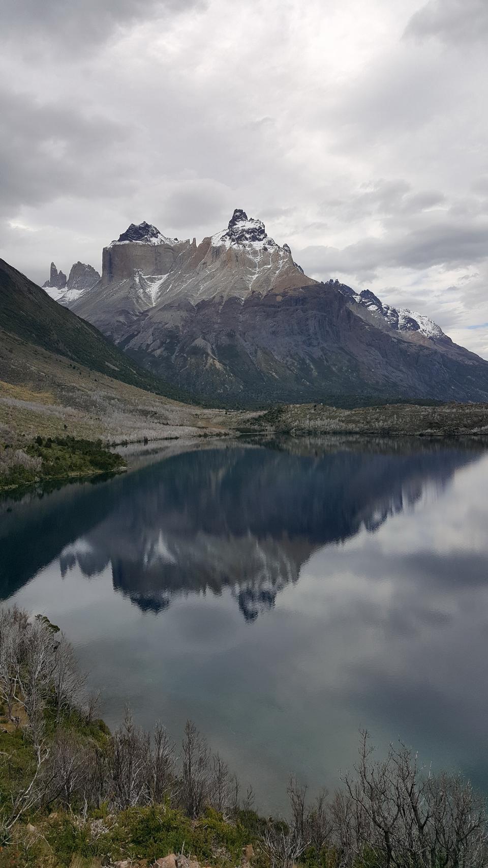 托雷斯德爾潘恩國家公園,智利Pehoe湖