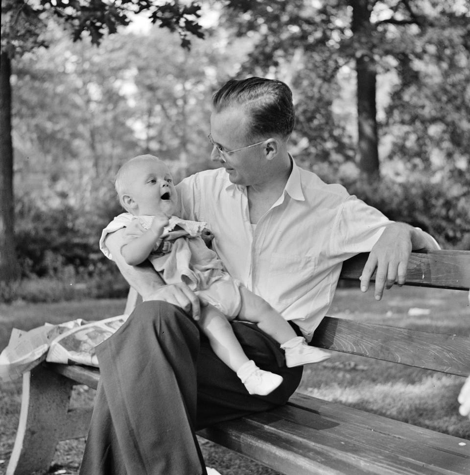 War worker and child