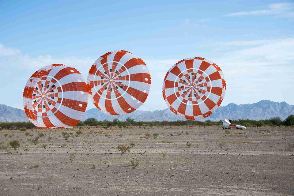 The parachute system for Orion