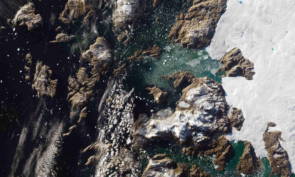 格陵兰岛冰山塔