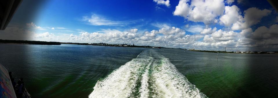 Morton Bay Ferry Trip, QLD Australia