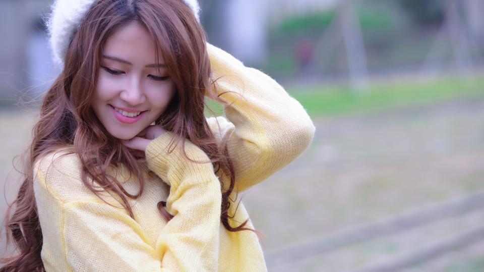 美丽的亚洲女孩