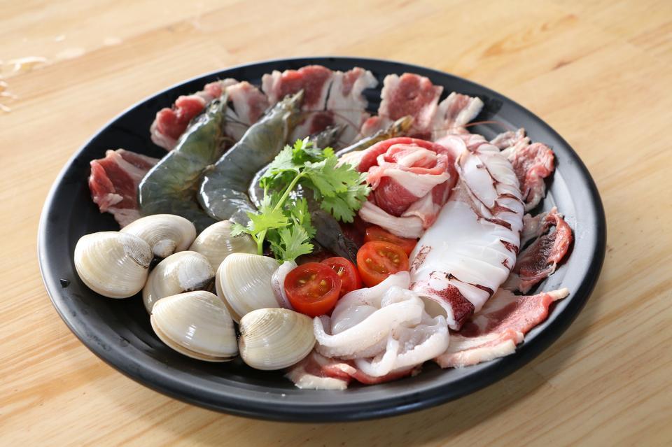 生蛤蜊猪肉shirmp