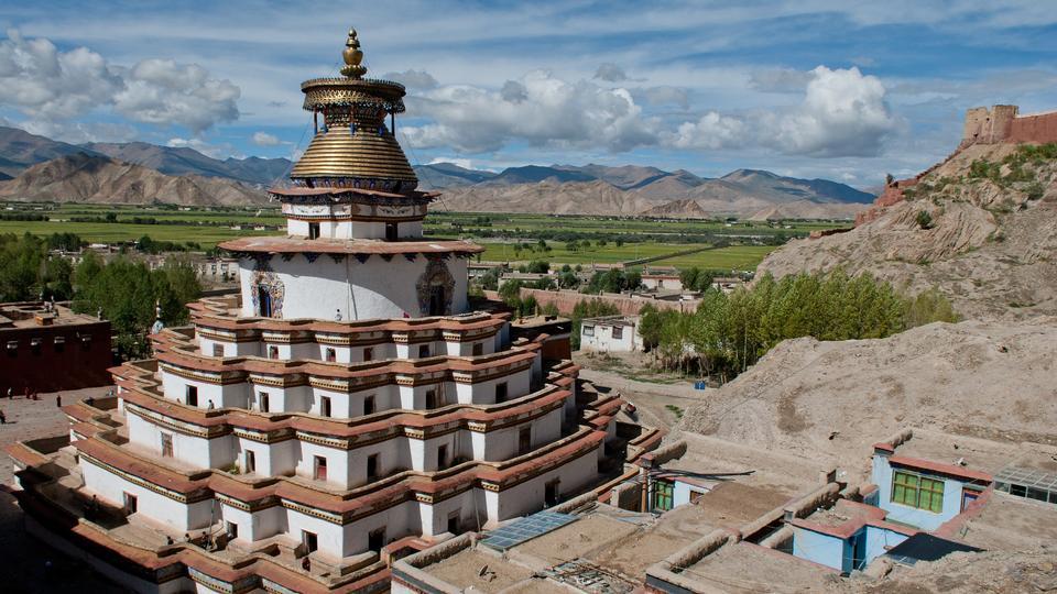 佛教Kumbum chorten在西藏的Gyantse