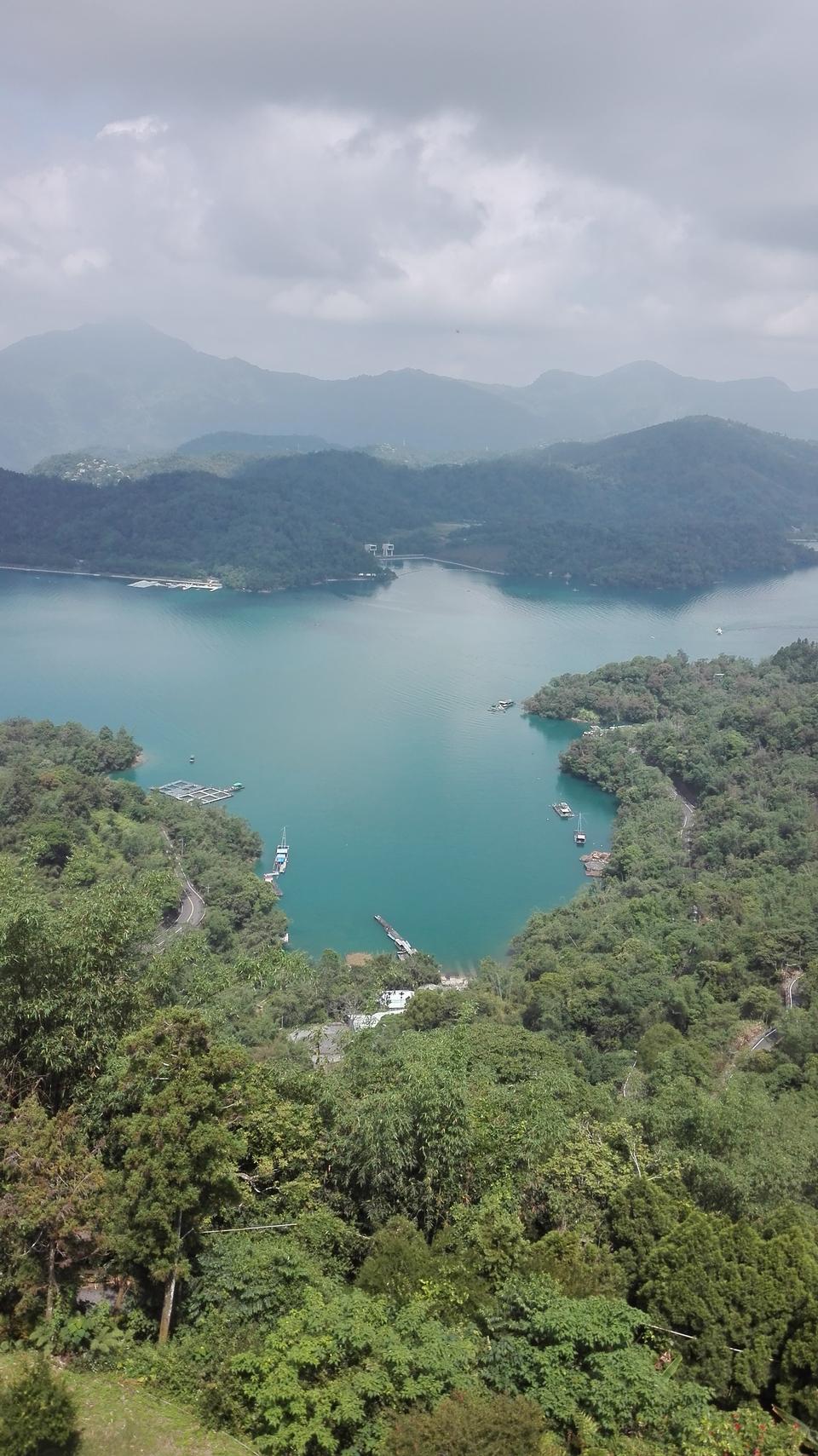 Taiwan, Son-Moon Lake