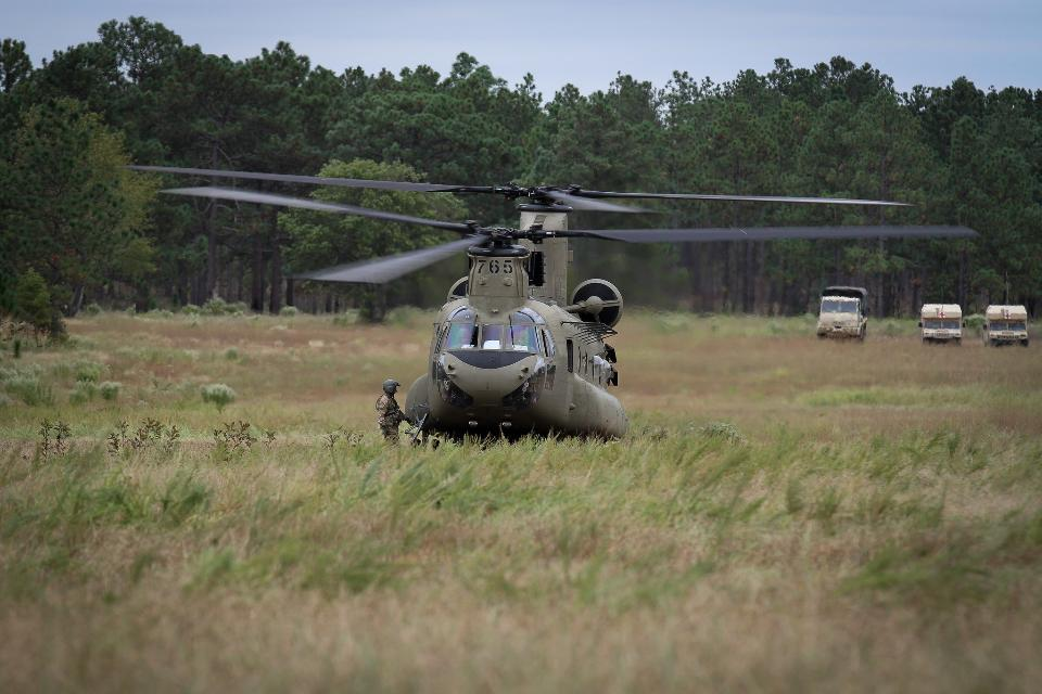 CH-47F Chinook helicopter
