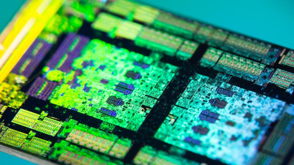 AMD 7纳米CPU