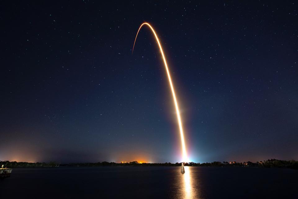 SpaceX Rocket飛向太空