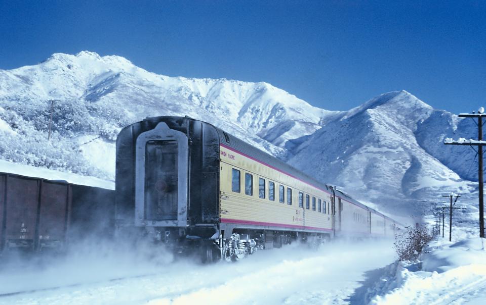 UP Train Los Angeles at Uintah, Utah