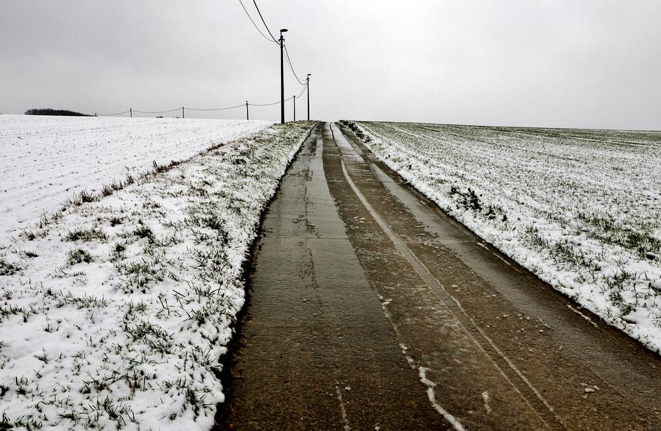 Route de neige en hiver