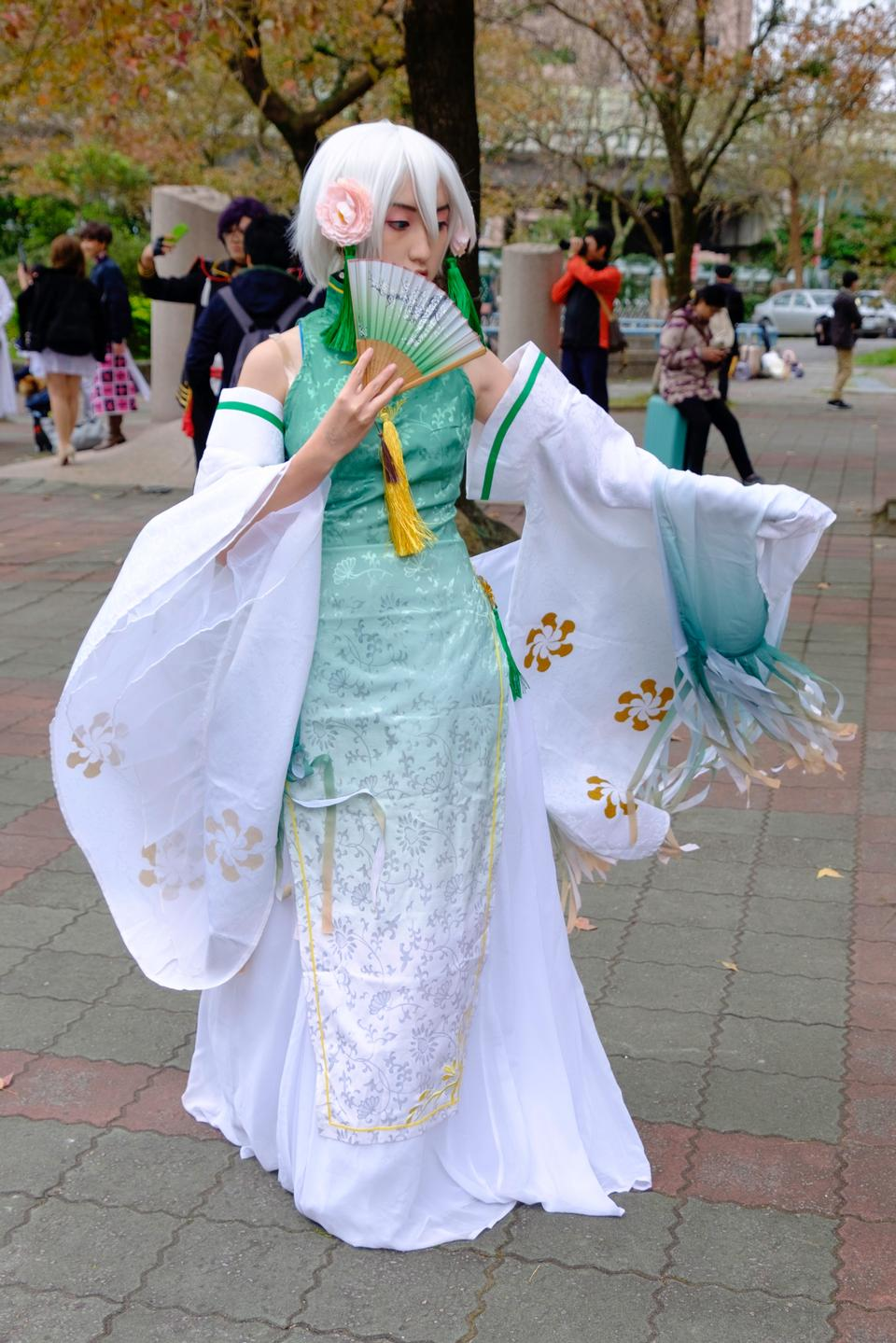 Charming Asian girl in japanese costume