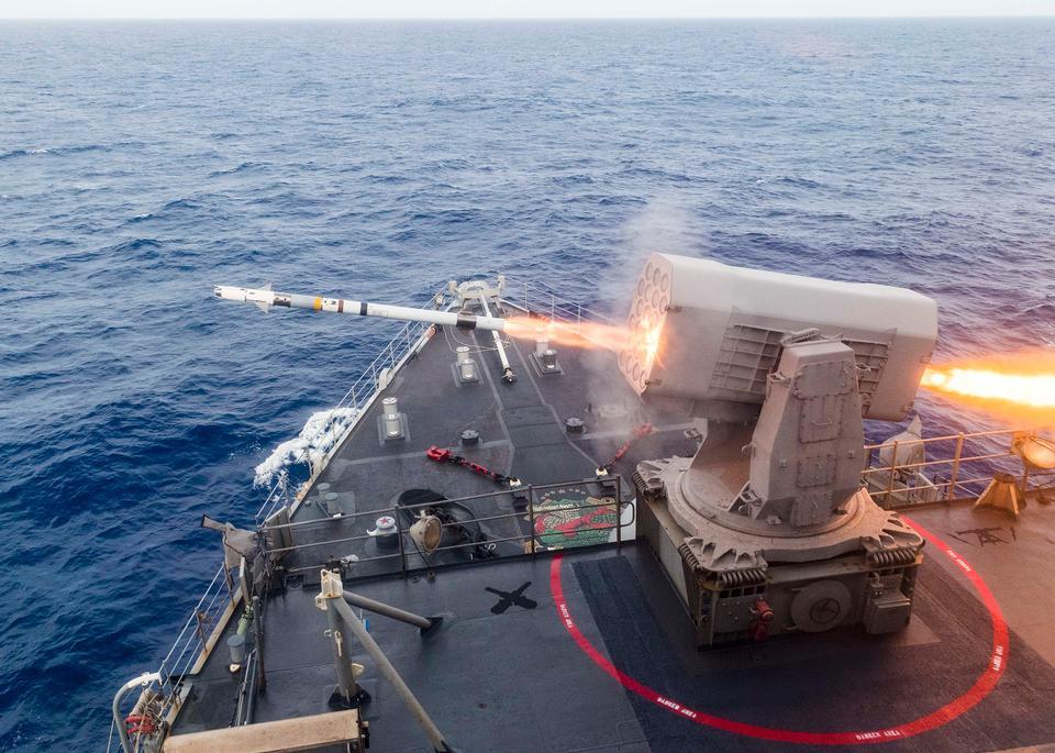 滾動機體導彈