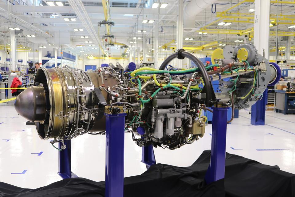 ロールスロイスB-52ジェットエンジンの外観