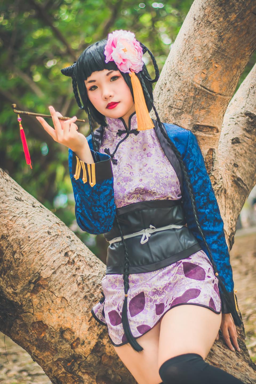 ragazza carina cosplay lolita di stile giapponese