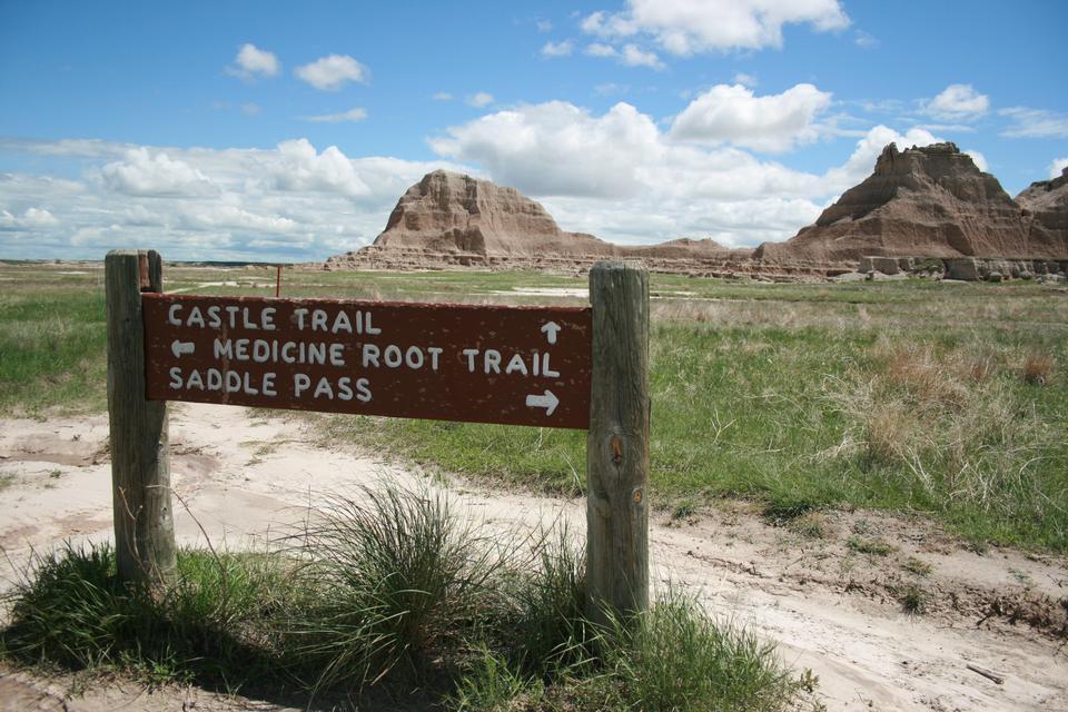 Medicine Root Trail Junction Sign
