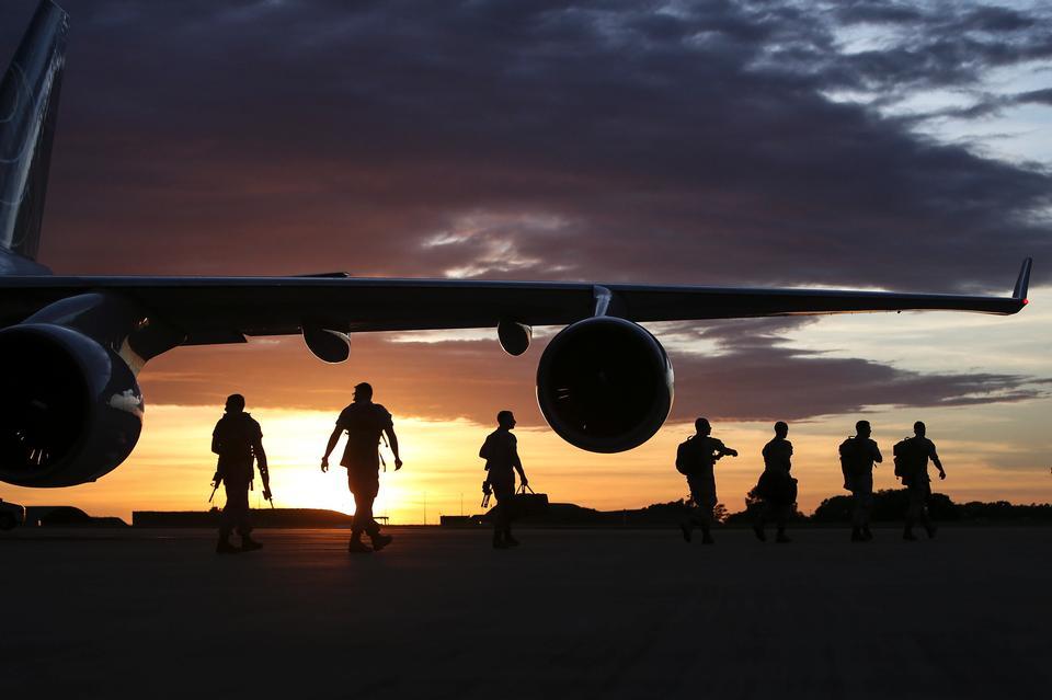 U.S. Marines arrive in Darwin, Australia