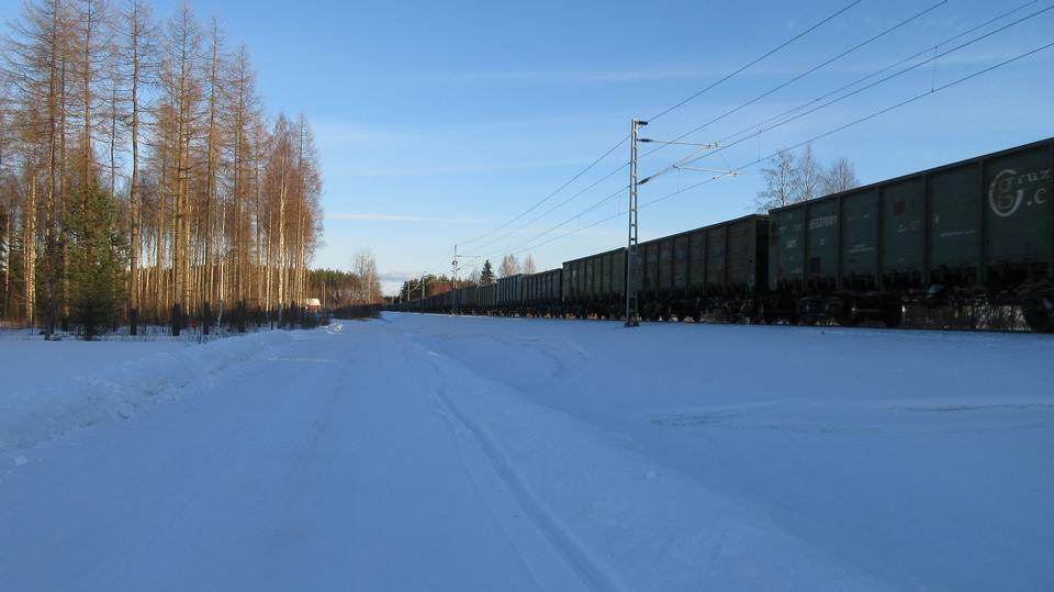 Cargo Train from Russia to Finland