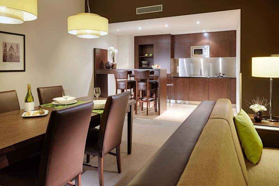 Hotel Kitchen Suite Room