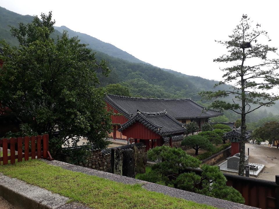 Haweomsa頭廟在韓國求禮