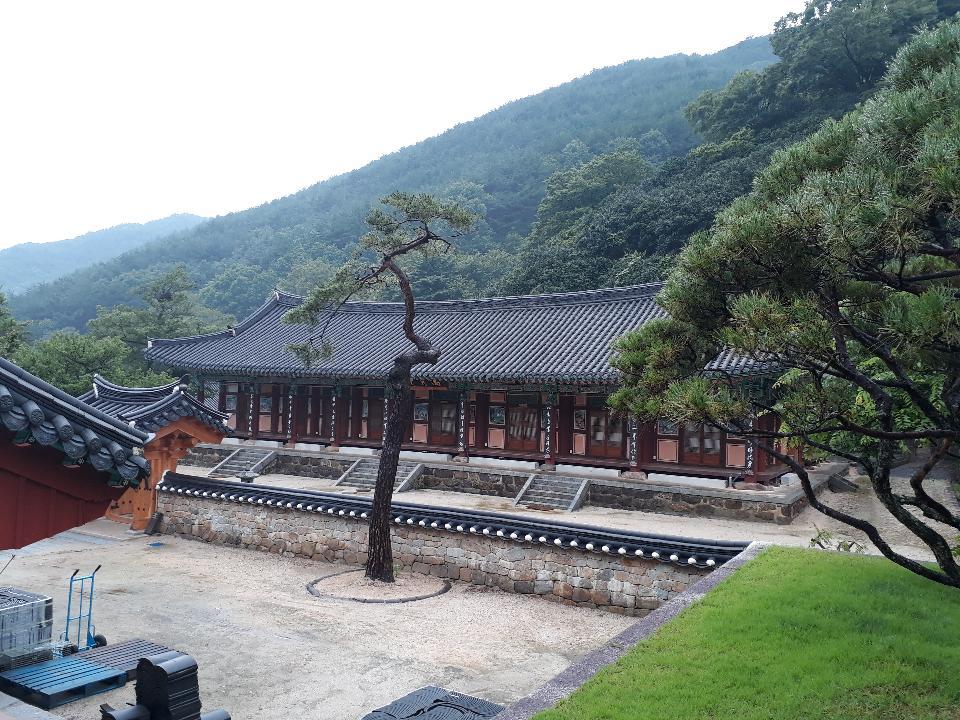 Hwaeomsa head temple in Gurye South Korea