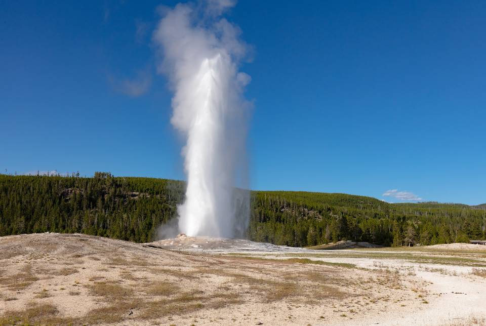 Old Faithful eruption in Yellowstone National Park