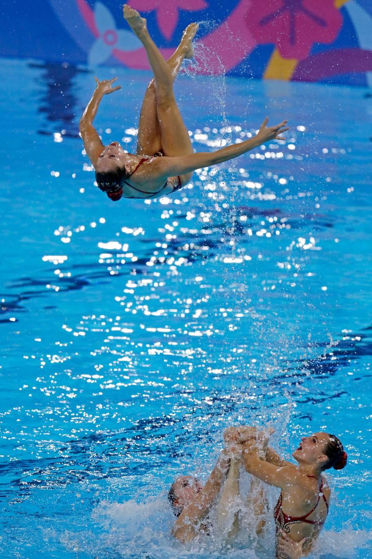 艺术游泳水生