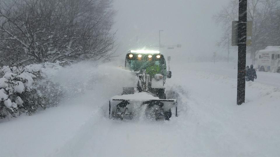 Arlington County Snowplows at Work