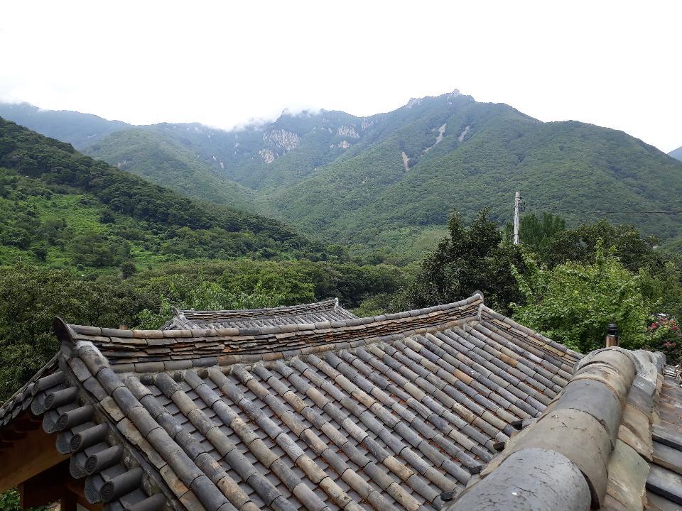 Pyochungsa Temple In The Yeongnam Alps