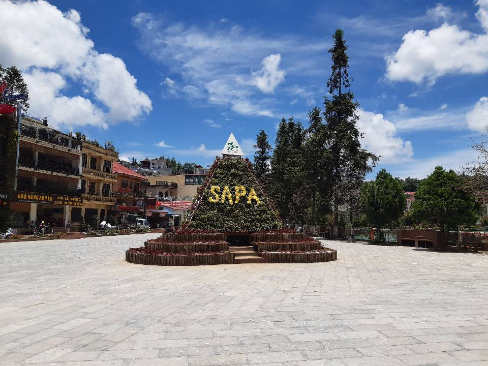 SaPa is a town in the Hoang Lien Son Mountain in Vietnam