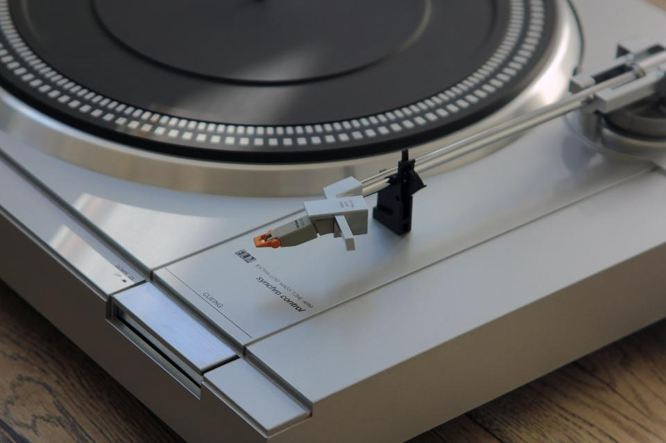 Semi Automatic Synchro Control turntable