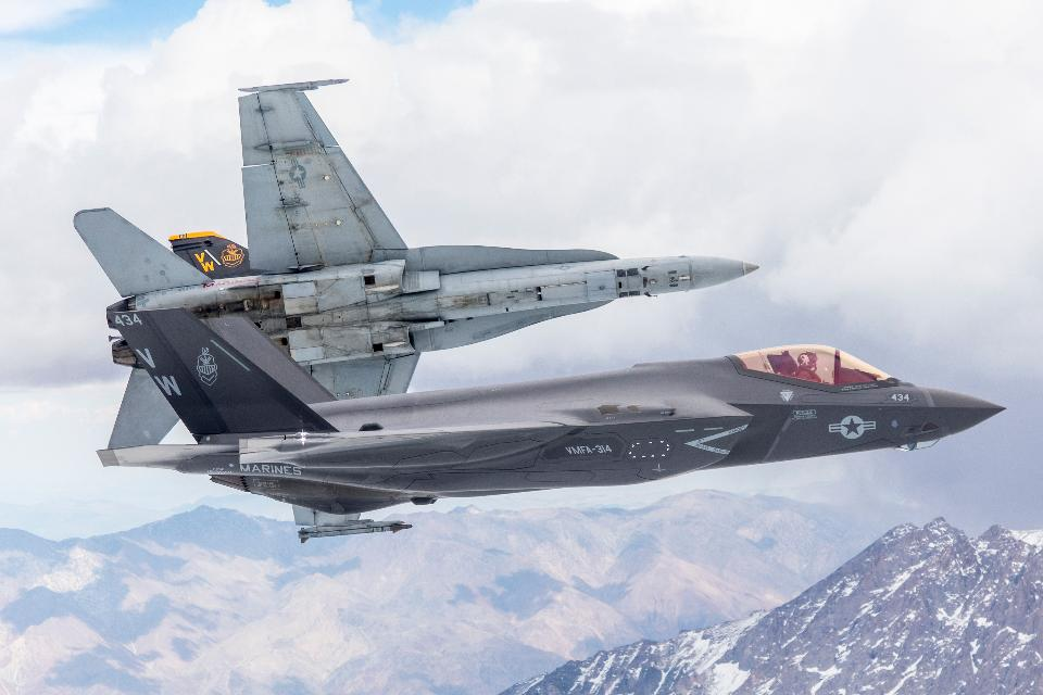 Lockheed Martin F-35C Lightning II and F/A-18A